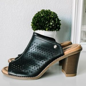 Dr. Scholl's Black Leather Peep Toe Heels